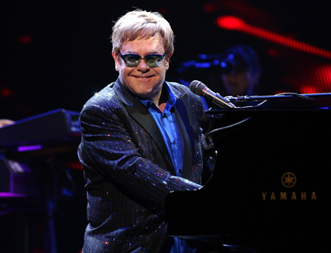 Elton John 470 x 360